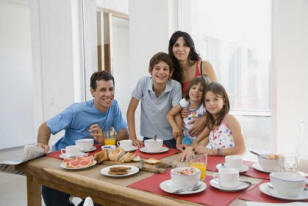 picture of latino family