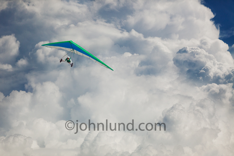 Getting Away From It All By Exploring >> Hang Glider Para Sailing Through Clouds
